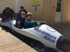 Rollbob_Berlin_Eröffnung_Einstieg_Kinder.JPG